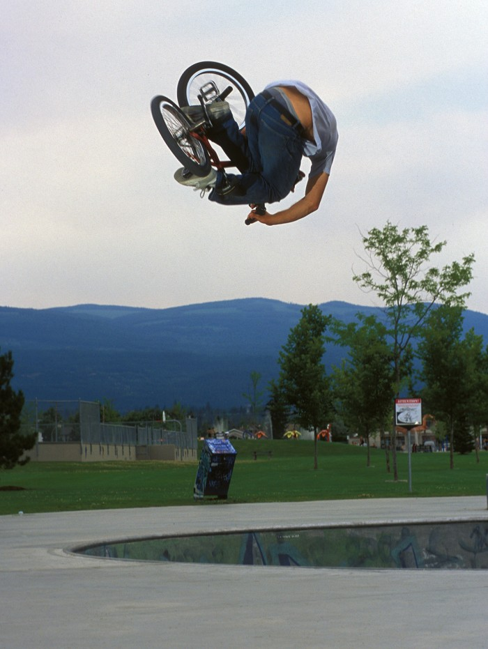 rob parsons invert kelowna 700x931 HEVIL