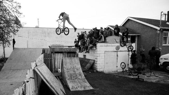 Gorilla Jam 2013 by Kerr Bilsland
