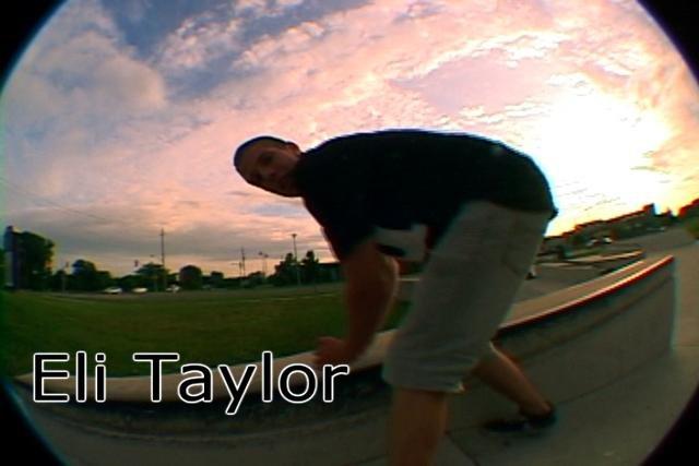 Eli Taylor Peg Swag