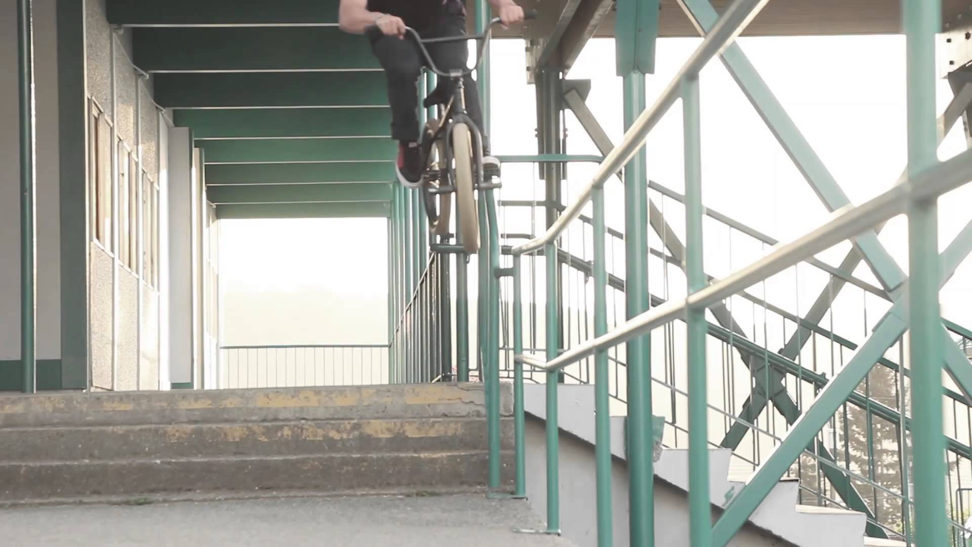 Nathan Hines 2014 Street/Park mix by Rayden Wickop