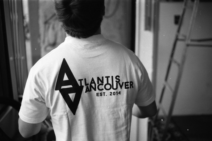 Atlantis logo back